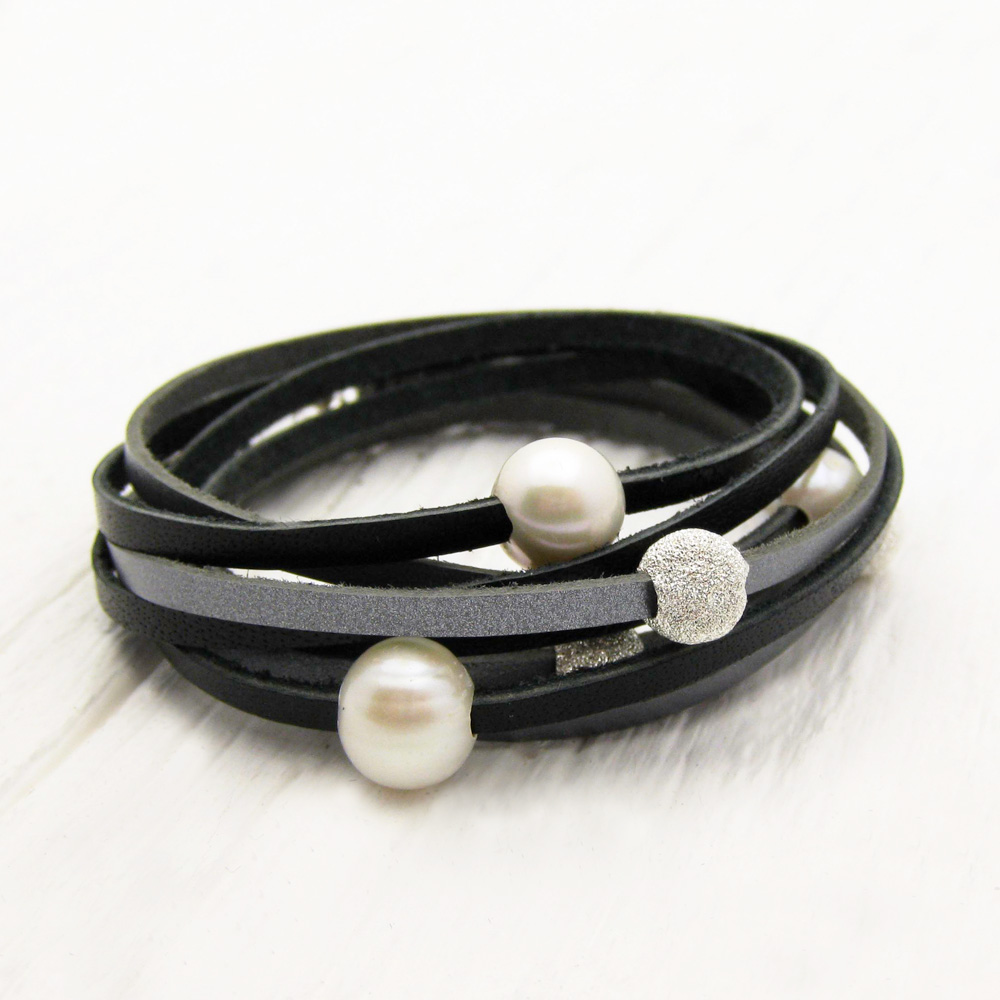 Black Silver Pearl Leather Wrap Bracelet