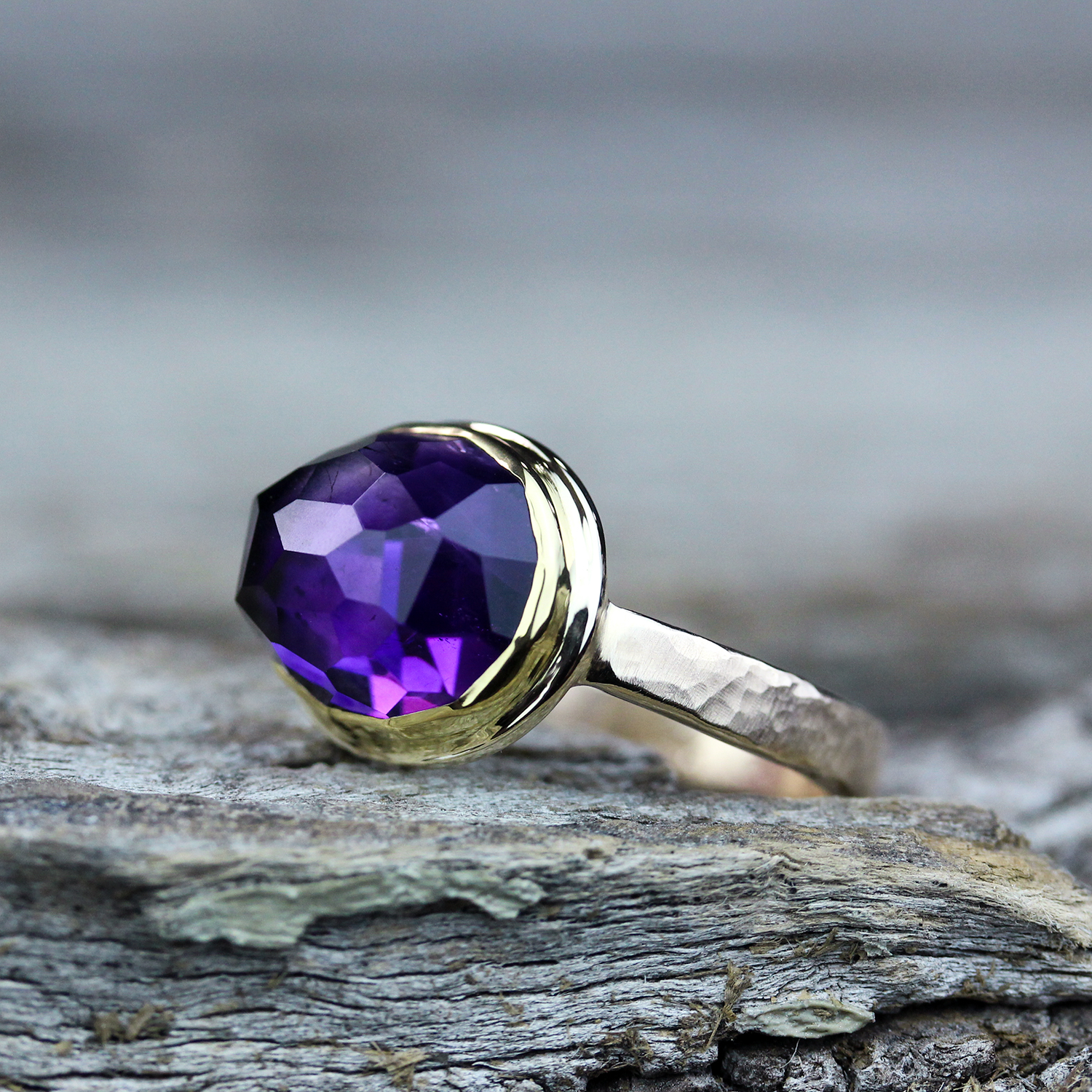 Moroccan Amethyst Solid Gold Ring