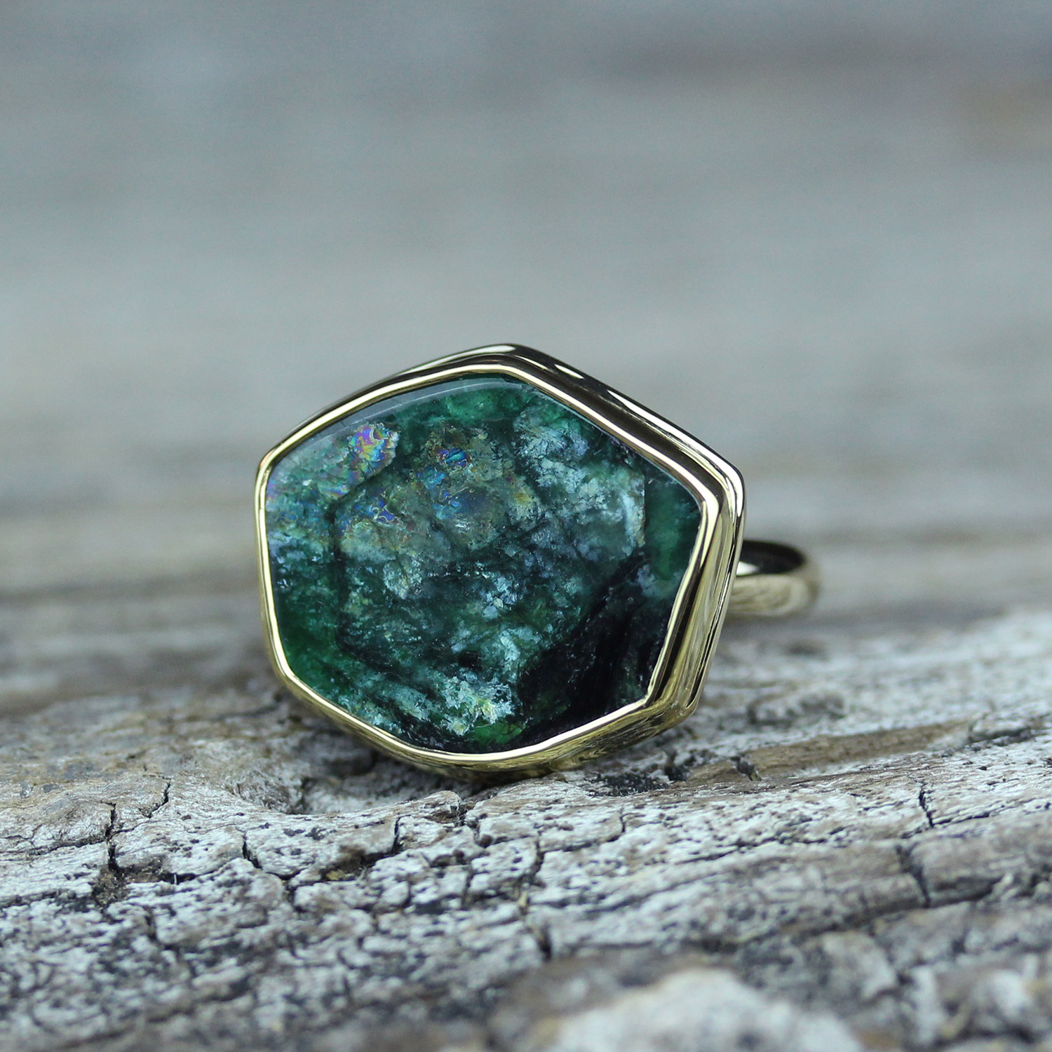 Emerald Slice Ring in 18K Gold