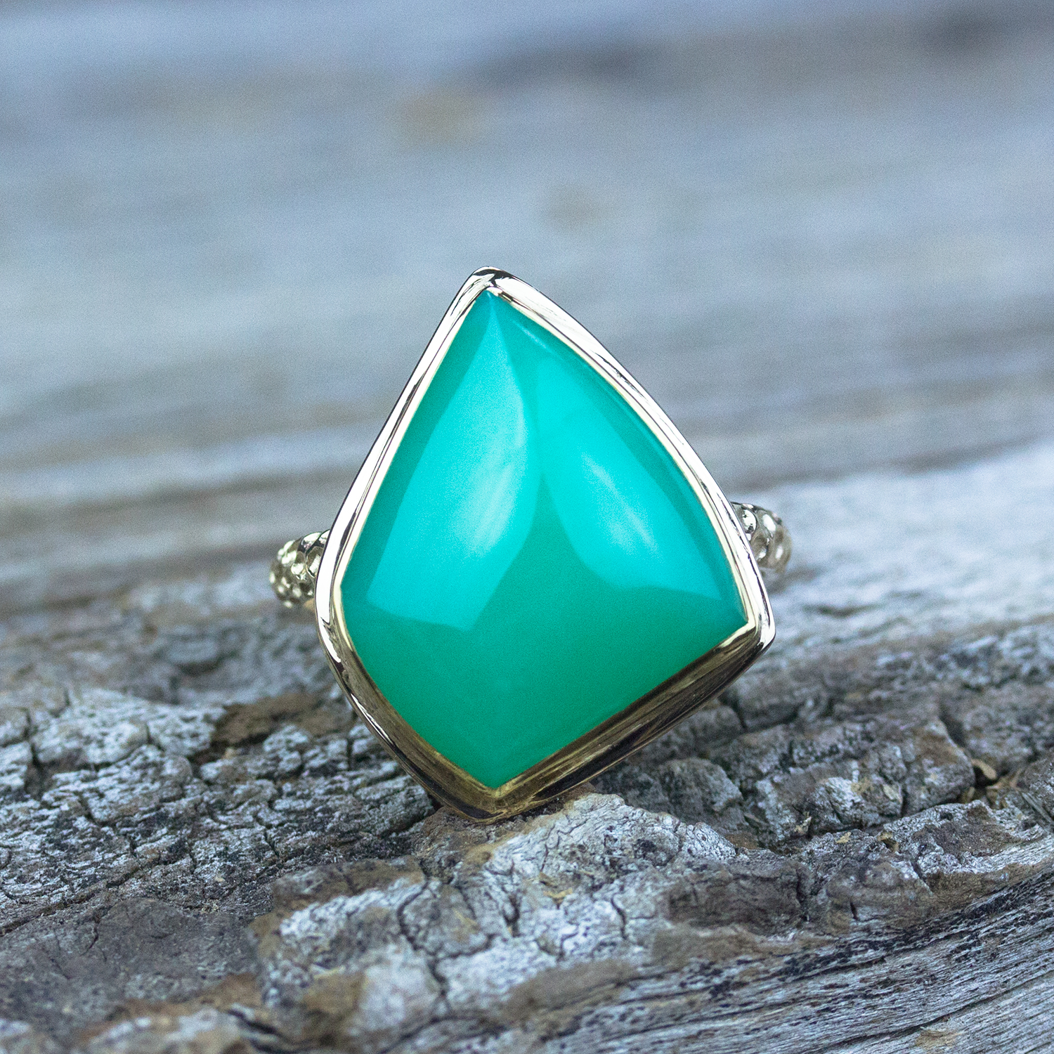Chrysoprase Ring in 18k Gold